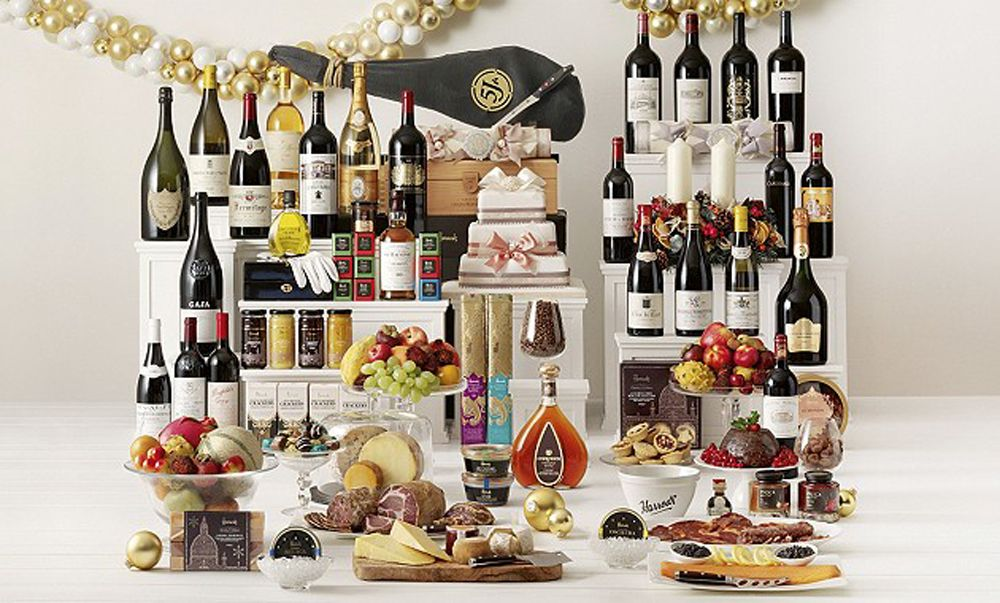 Top ten luxury Christmas hampers   Lifestyle Boutique