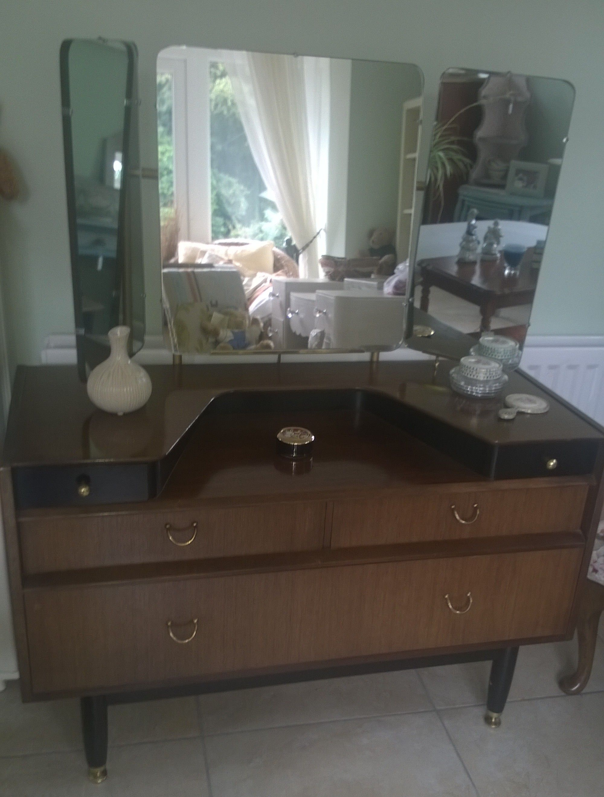 Vintage 1950s Genuine G Plan Vanity Dressing Table With 3 Way Mirror   For  Sale Send