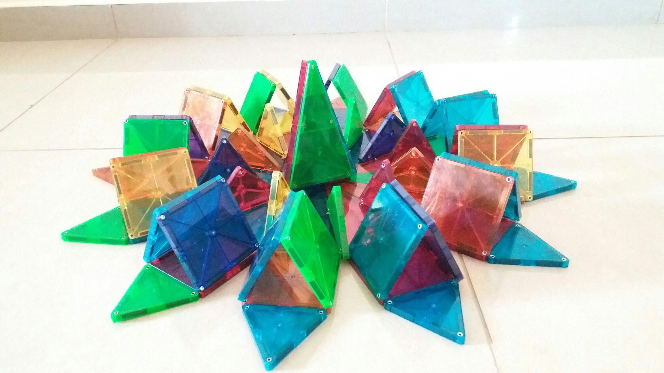 Magna Tiles Camping Tent And Bonfire Scene