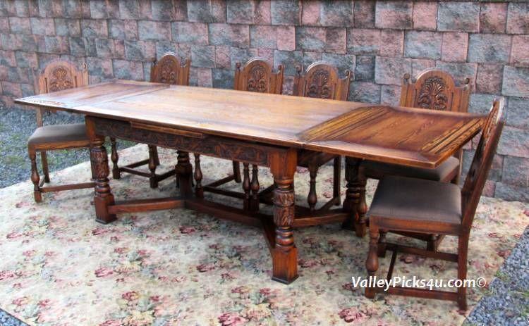 Vintage Jamestown Lounge New York Feudal Oak Conference Dining Set