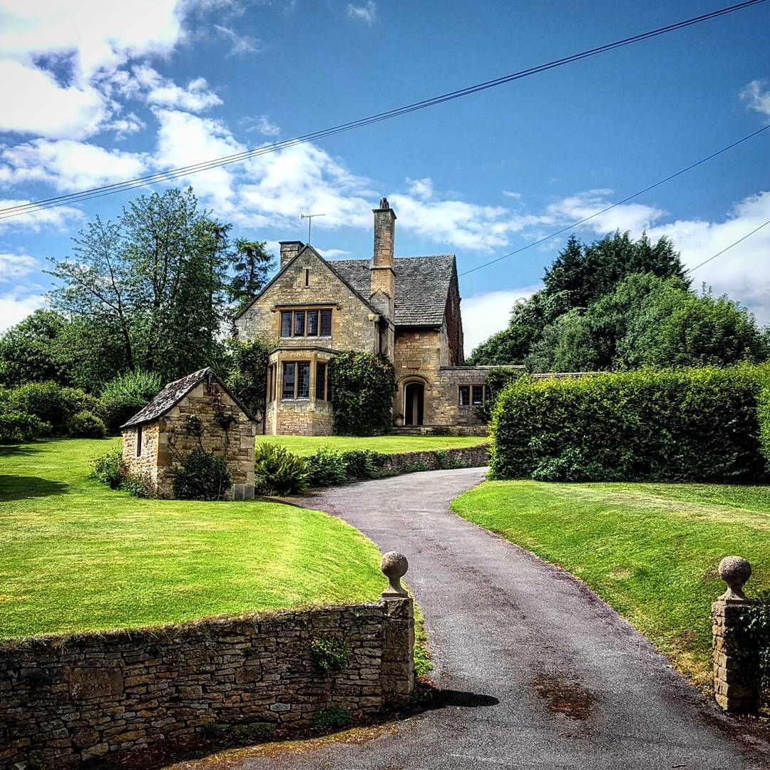 Doubled as a doctor's house in 2 Father Brown episodes: