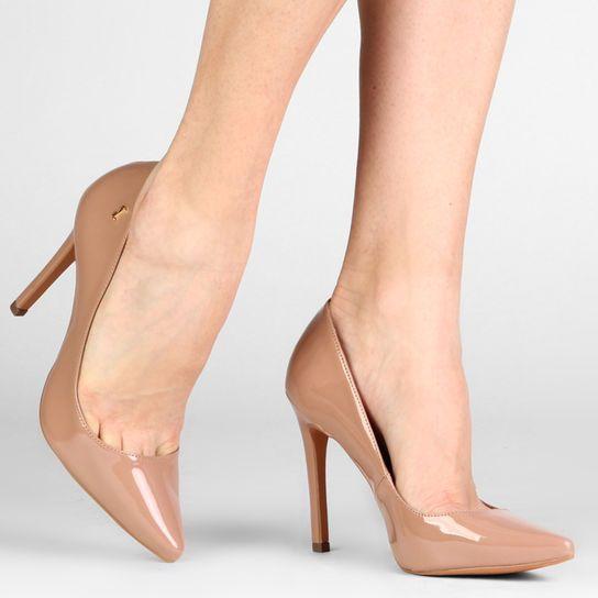 6fa27586f Scarpin Santa Lolla Bico Fino - Bege | Zapatos in 2019 | Sapatos ...