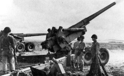 "155mm ""Long Tom"" battery training in England"