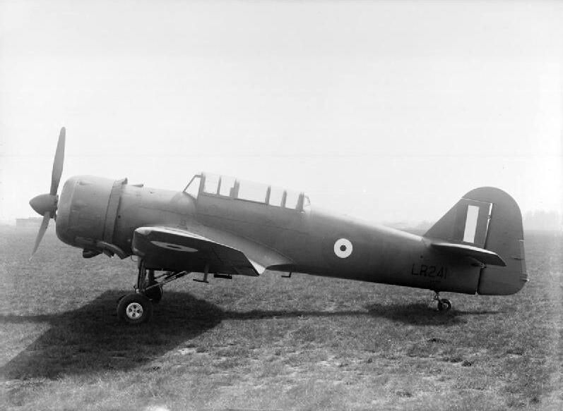 Apr 24,1942: 1st flight of Miles Martinet Mark I prototype (RAF serial LR241), at Reading, Berkshire, after assembly pic.twitter.com/UOSFh6JTD4