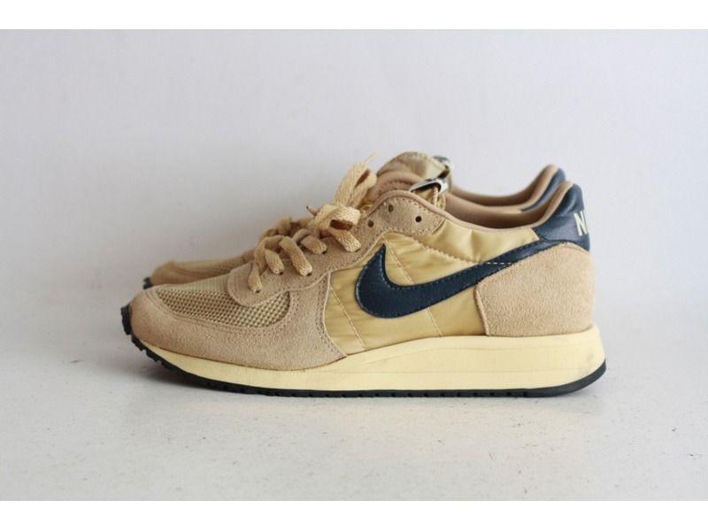 brand new c63f5 bb1ea Nike Equator I  Mens Fashion  Sneakers nike, Sneakers, Vinta