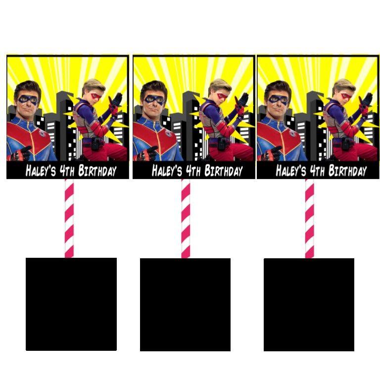 MIRRORS 58MM PERSONALISED SPIDERMAN BOYS BIRTHDAY BADGES FRIDGE MAGNETS