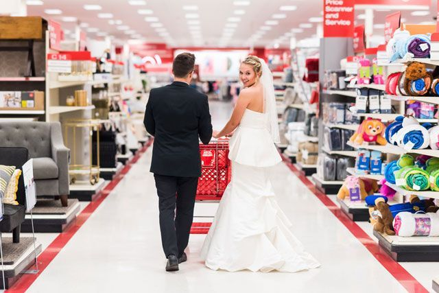Couple That Gives No F Cks Takes Wedding Photos At Target Wedding Photos Target Wedding Wedding