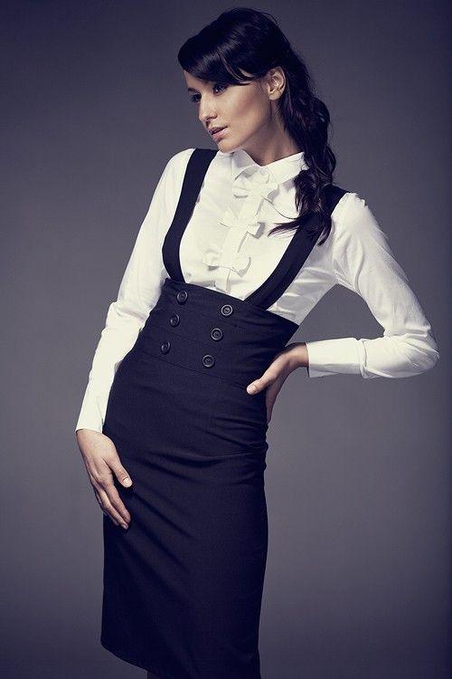 jupe taille haute noire avec bretelles tenue en 2019. Black Bedroom Furniture Sets. Home Design Ideas
