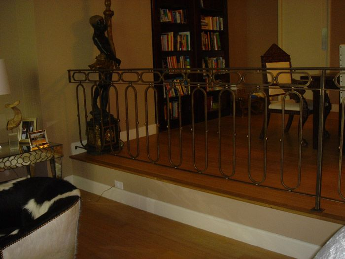 Best Oval Pickets Interior Railings Railings Product 400 x 300