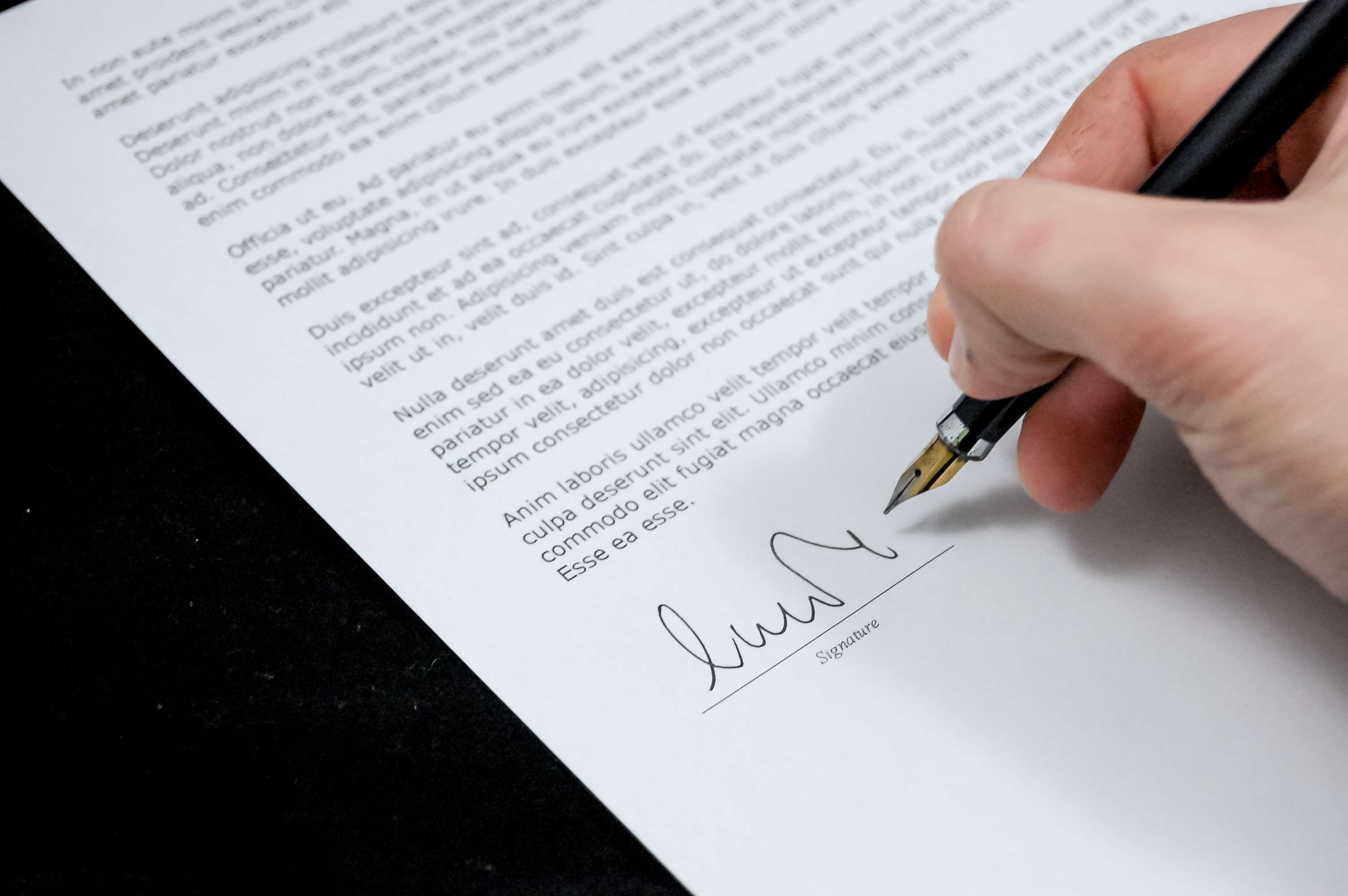Agreement Business Businessman Contract Document Expertise