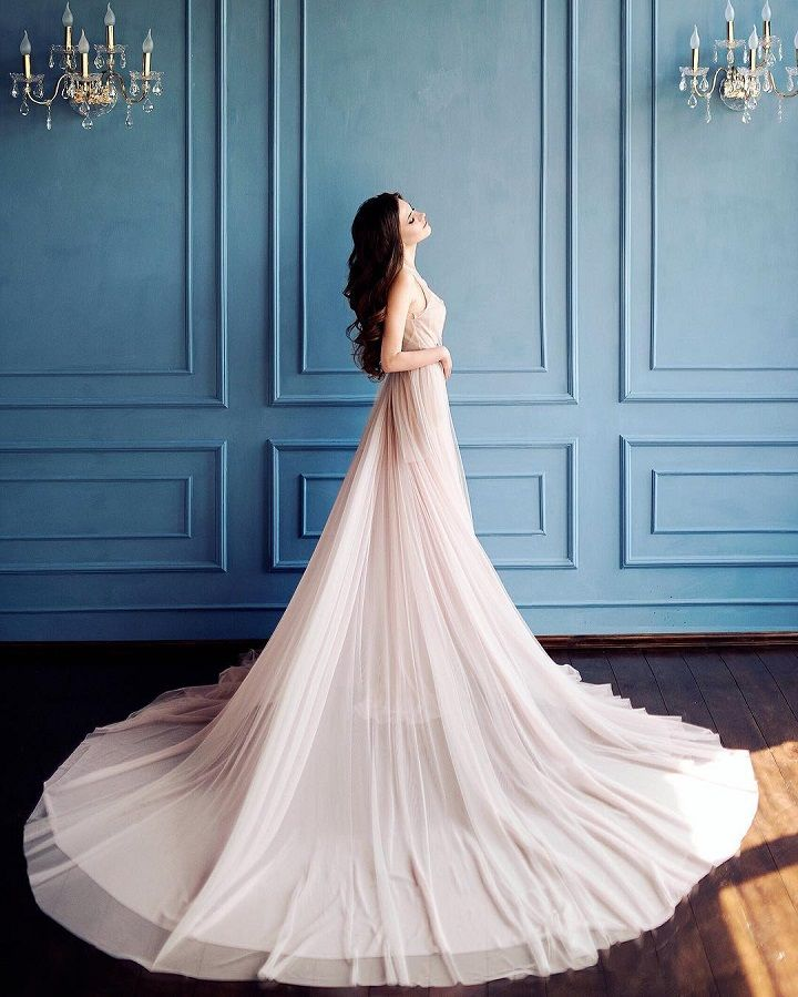 Beautiful Blush Tulle Wedding Dress Inspiration #weddinggown #weddingdress #weddinginspiration #wedding #weddingown #bride