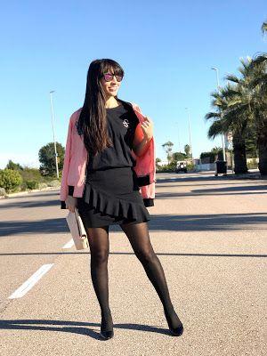 SIROKO ~ Stardivarius #fetishpantyhose #pantyhosefetish #legs #heels #blogger #stiletto #pantyhose #collant #black