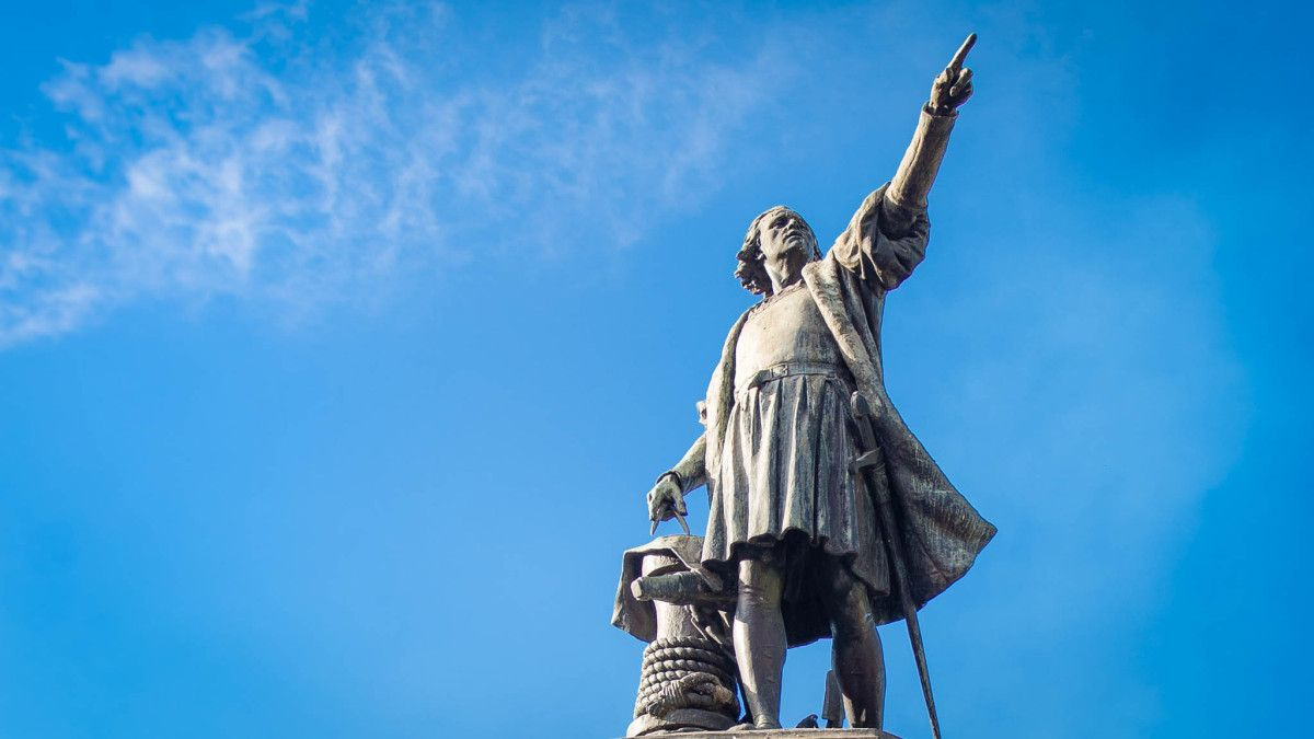On Columbus Day Exploring The Mystery Of Christopher Columbus Tomb Dominican Republic Christopher Columbus Columbus Tomb