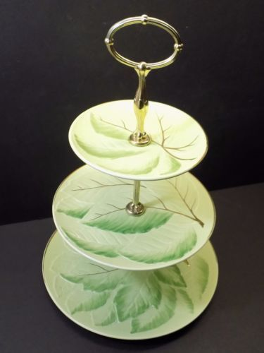 Vintage Grimwades Royal Winton 15`` 3-Tier Tidbit Tray with Pretty Leaf Pattern…