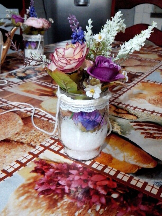 Vaso De Flores Feito Com Copo De Milho Sal Grosso Renda