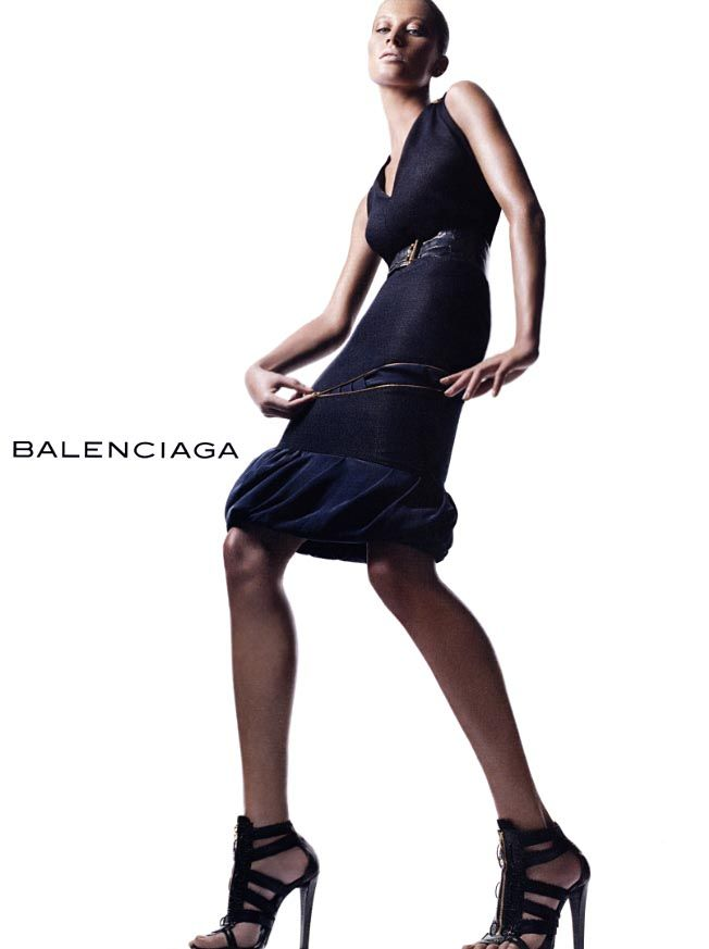 Gisele  actually deigned to pose for Inez van Lamsweerde and Vinoodh Matadin in a Balenciaga ad campaign.
