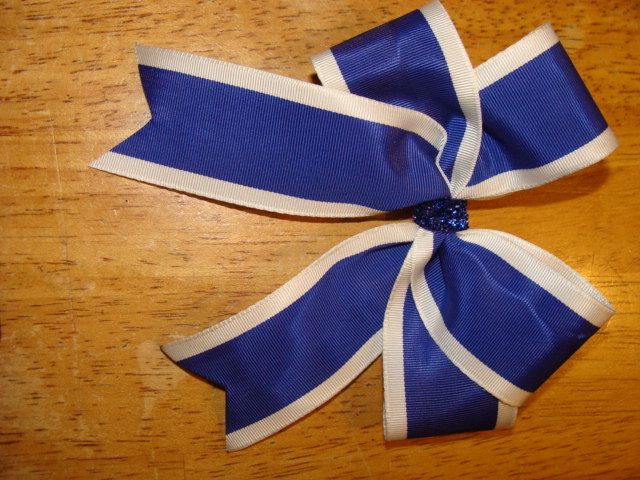 custom school uniform approved long tail bow on a pony ...