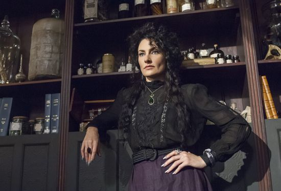 Season 1, Episode 6 Photos - Witches of East End Pictures - myLifetime.com