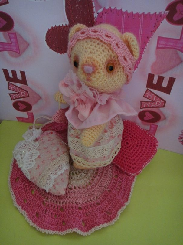 Ручная работа мишка в розовом