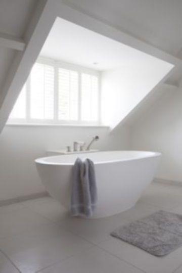Afbeeldingsresultaat voor badkamer in dakkapel | Mountain Living ...