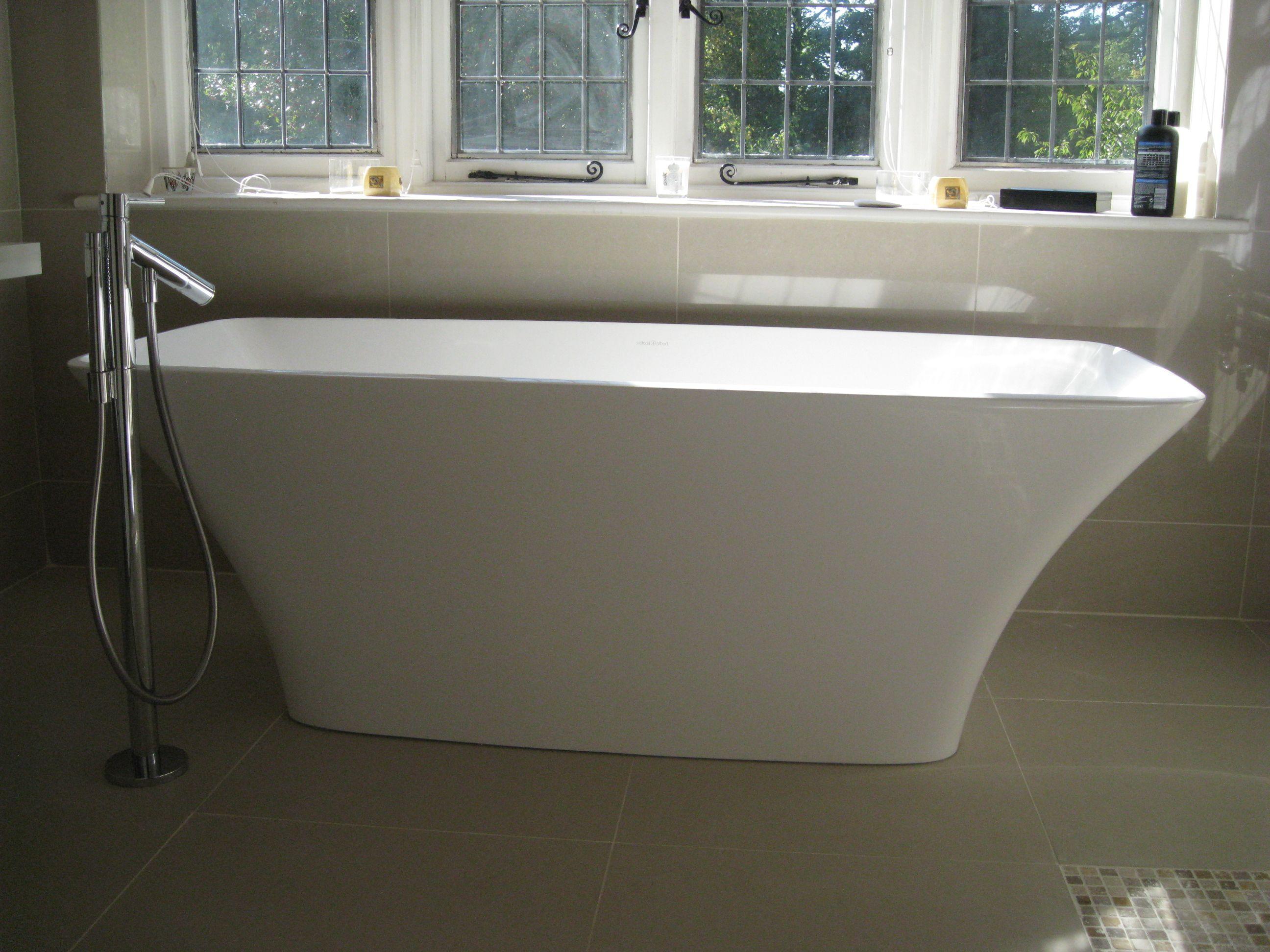 Victoria & Albert Ravello bath with Axor Starck Bath Mixer | Master ...