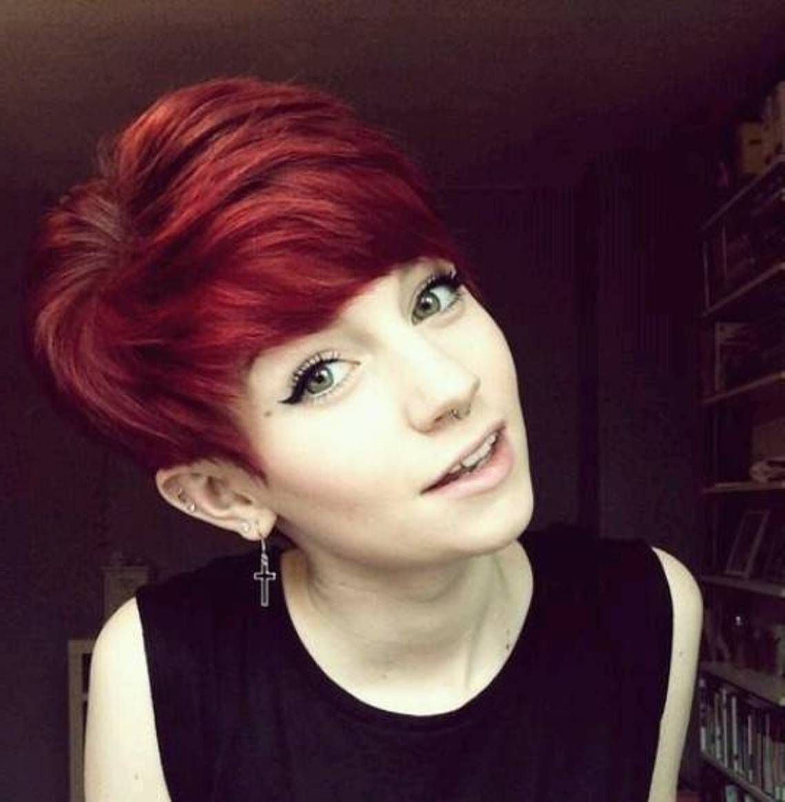 11 Really Cool Short Red Hairstyles - ChecoPie in 1111  Short red
