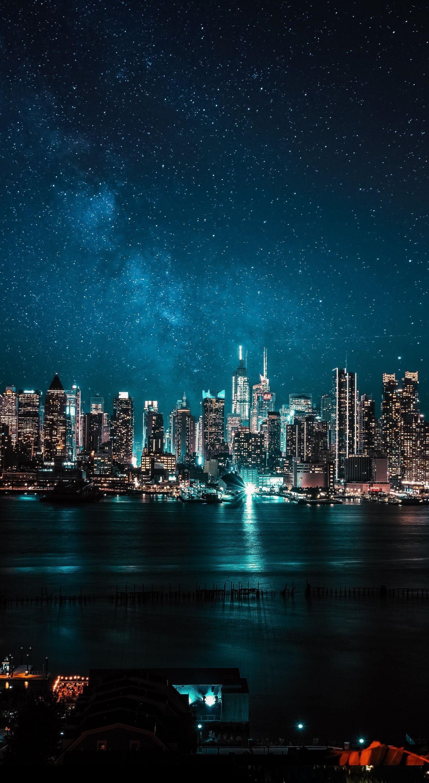 New York Wallpaper Black//Blue
