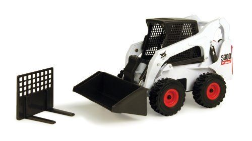1 16 Bobcat Skidsteer By Ertl 21 59 From The Manufacturer Big Is As Big Does Ertl S New Big Farm 1 16 Sized Vehicles Toys Ertl Case Ih Toys