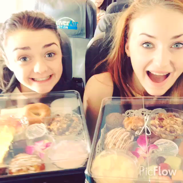 Sophie Turner And Maisie Williams Vine | www.pixshark.com ...