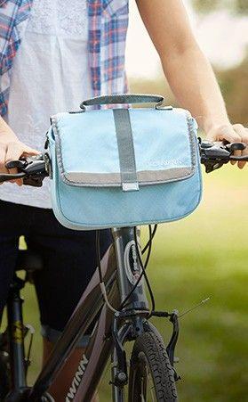 b8f393f86ed Be stylish with the fashionable Schwinn Deluxe Handlebar Bike Bag ...