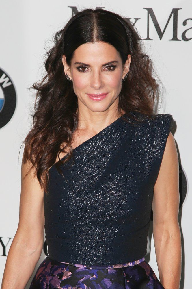 7 Stunning Sandra Bullock Hairstyles For You To Try | Hair