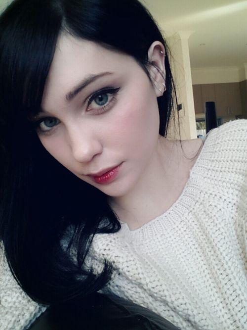 Snow White Black Hair White Skin Hair Pale Skin Pretty Hair Color