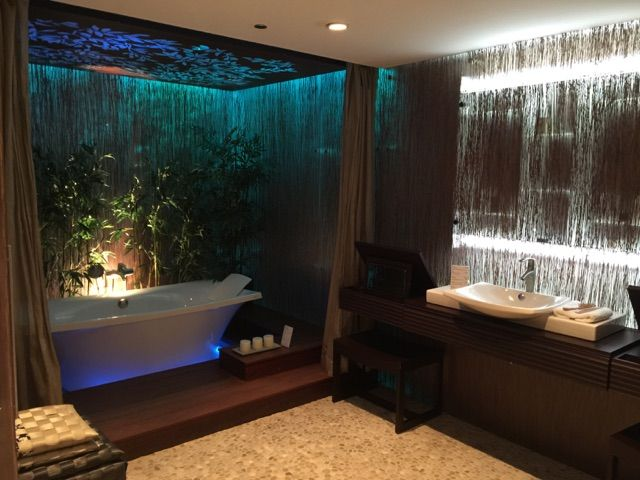 Rain Forest Inspired Bath At The Kohler Design Center Bathroom