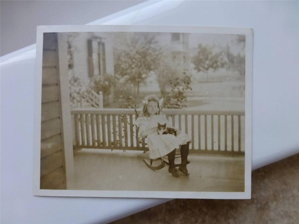 Sweet GIRL Rocking CHAIR Holds CAT old Antique Snapshot Type Photo c1910-20