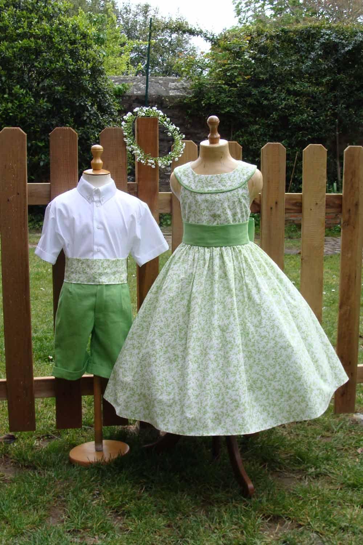 robe de demoiselle d 39 honneur et ensemble de gar on d. Black Bedroom Furniture Sets. Home Design Ideas