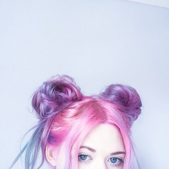 Pink to purple to blue ombre dyed hair!
