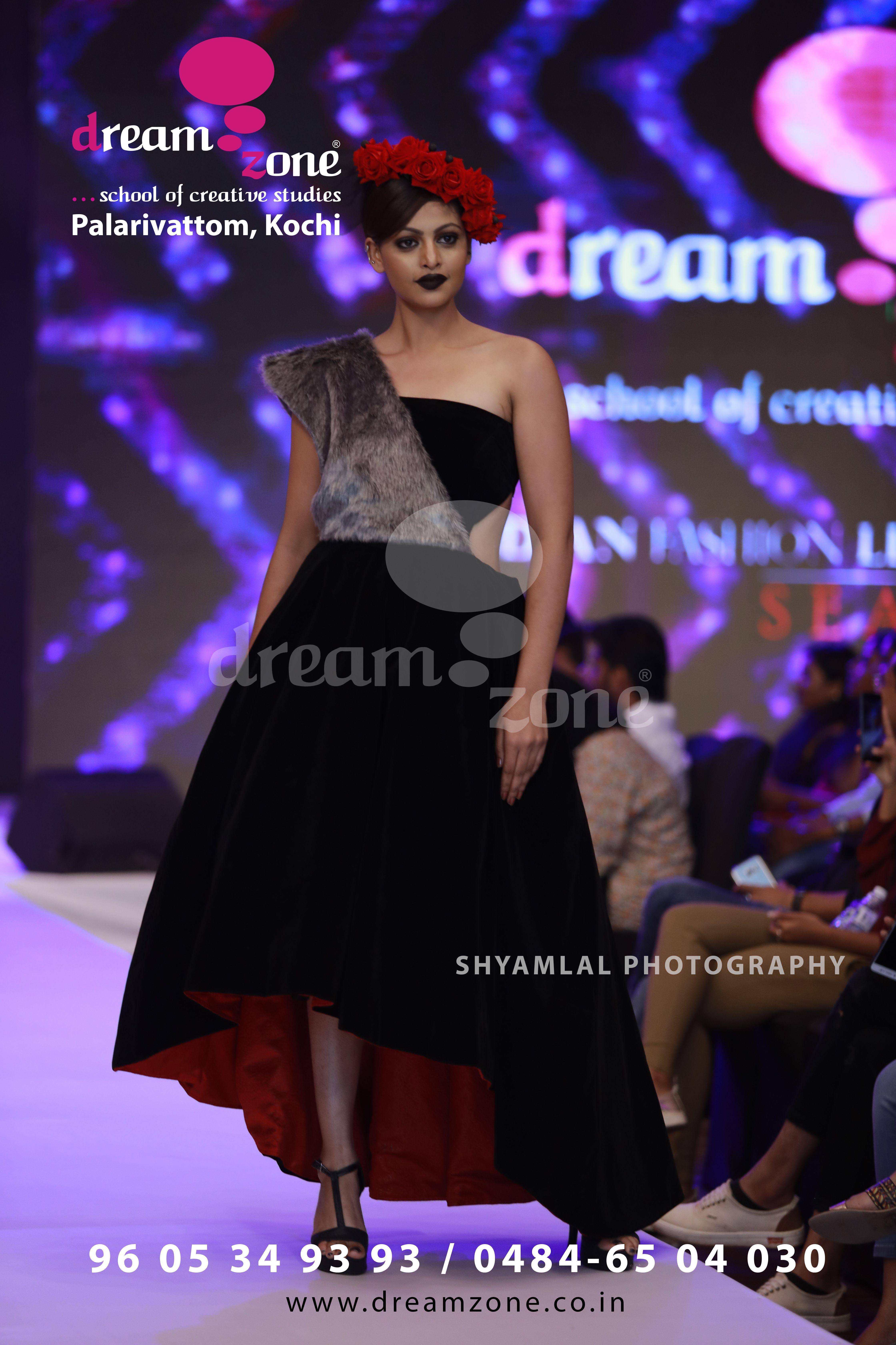 About Us Dreamzone Is A Creative Skill Development Initiative Of Cadd Centre Training Services Fashion Design Graphic Design Course