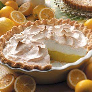 Classic Lemon Meringue Pie #lemonmeringuecheesecake