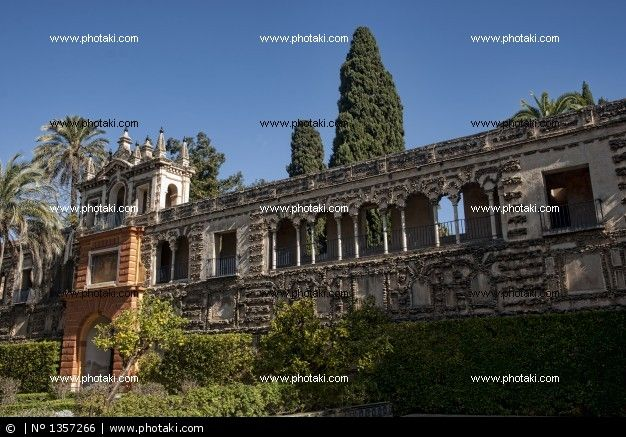 http://www.photaki.com/picture-real-alcazar-of-seville-andalusia-grotesque-gallery_1357266.htm