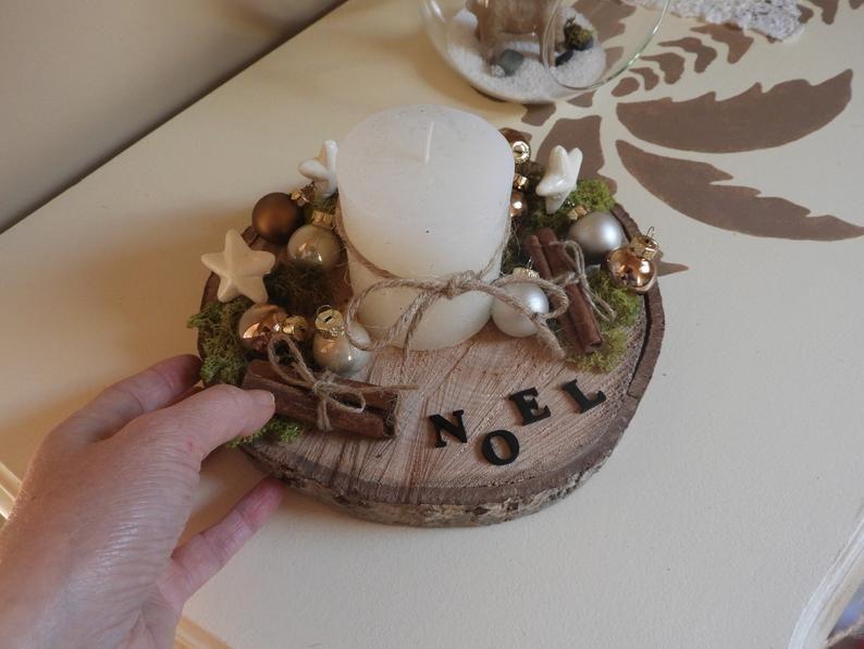 Centre de table Noël - Décoration Noël - Bougie Noël - Décoration rustique Noël #centredetablenoelbois