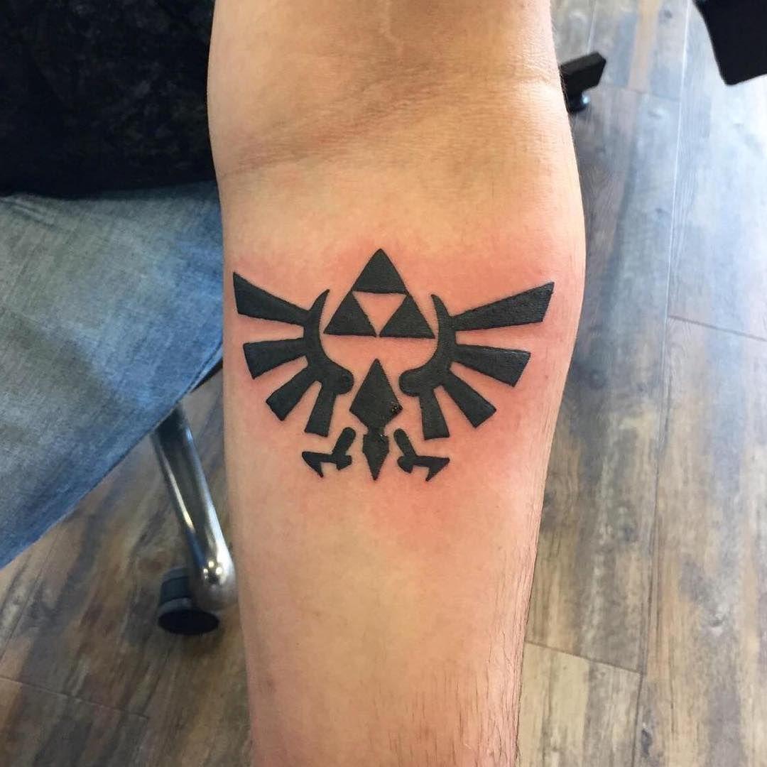 triforce tattoo19 Tattoo designs, Tattoos, Zelda tattoo
