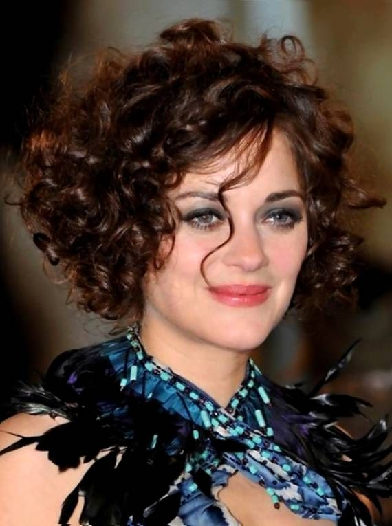 short hairstyles for curly hair women over 40 | Hair styles | Pinterest | Short hairstyle, Round ...