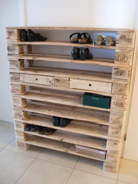 XXL shoe rack made of pallets! 10 floors! Pallet furniture #palettenideen