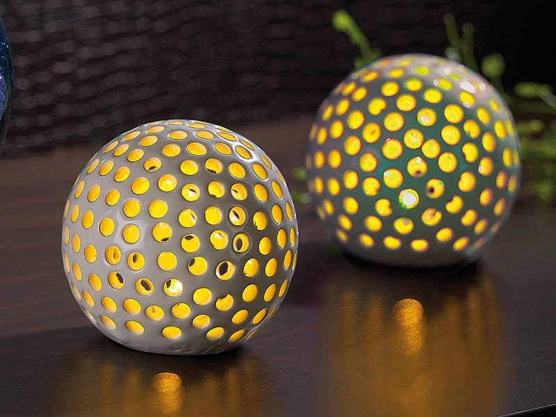kabellose led dekoleuchten aus keramik im 2er set sorgt. Black Bedroom Furniture Sets. Home Design Ideas