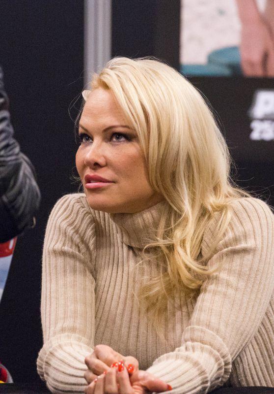 Pamela Anderson – 2018 Paris Manga & Sci-Fi Show ... памела андерсон