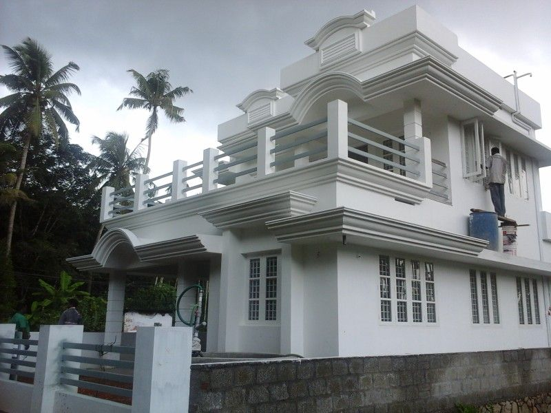 1 500 Sq Ft 3 Bedroom House For Sale In Mookkannur Angamaly Ernakulam Isaproperty House Styles House Home Builders
