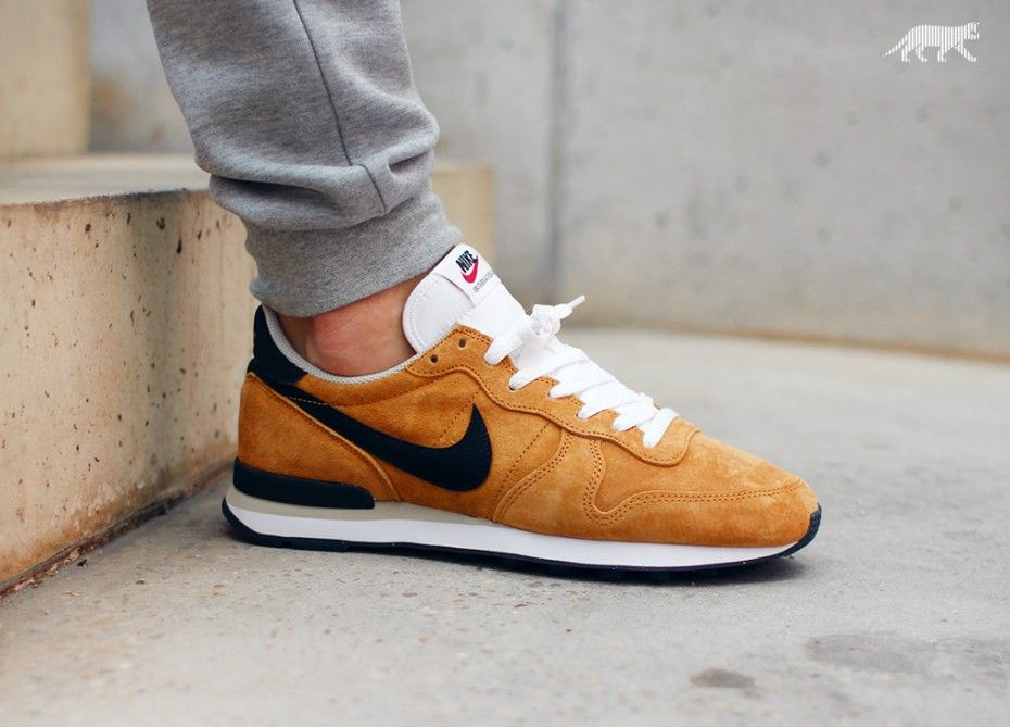 Nike Internationalist Leather (Bronze / Beige Chalk / Black / White)