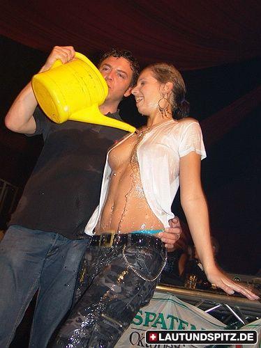 Wet T Shirt Contest Alabamahalle Munich 021006 Wetlook Pinterest