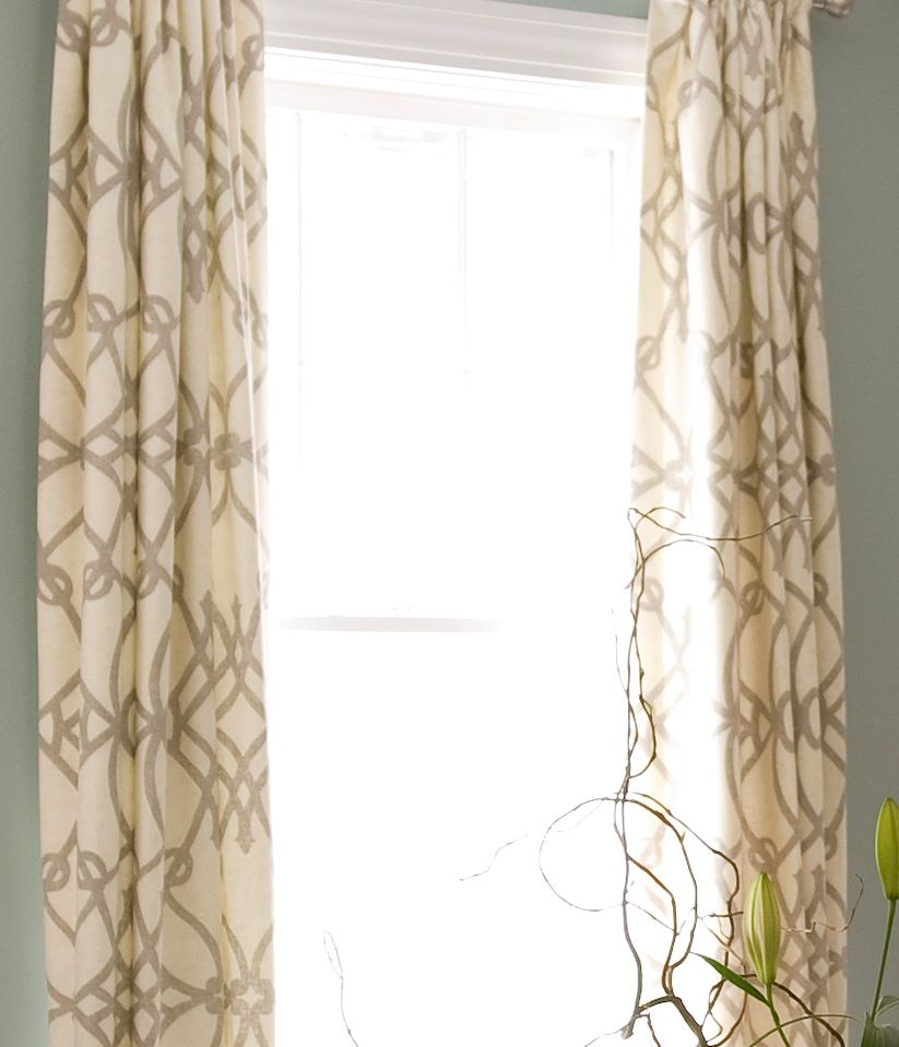 Two Simple Ideas for Beautify Your Living Room with Curtain Panels ...