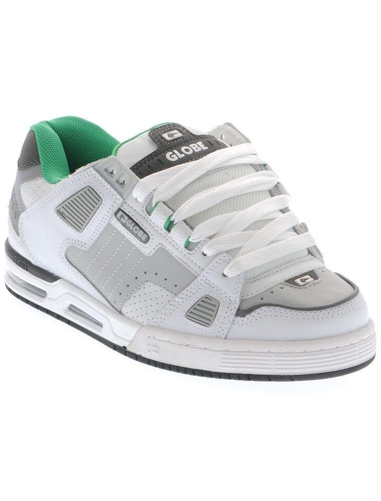 a6f3279709011 Globe White-Grey-Green Sabre Shoe | Shoes in 2019 | Green, grey ...